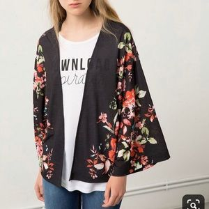 Bershka Kimono (waist length)